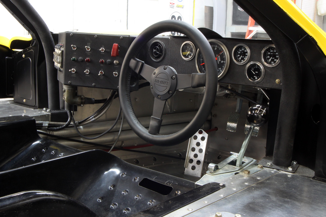Mark IV GT40, interior